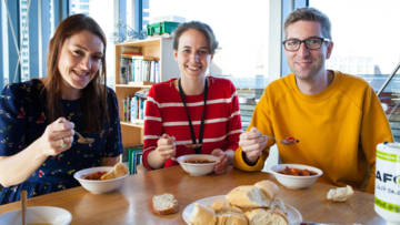 UK-Romero-House-Soup-Lunch-Harvest-2017_opt_fullstory_small